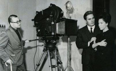 Miguel Picazo y los actores de 'La tía Tula' (1963)